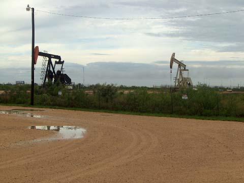 oil-wells-sm.jpg
