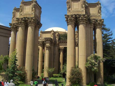 palace-of-fine-arts-sm.jpg