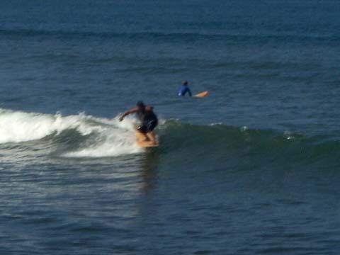 a-surfing2.jpg