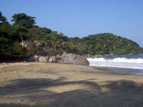 2-dead-man-beach3.jpg