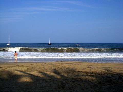 2-dead-man-beach4.jpg