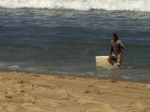 a-waves4.jpg