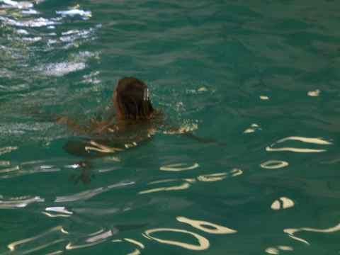 1a-t-swim2.jpg