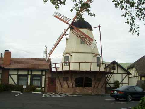 a-windmill-sm.jpg