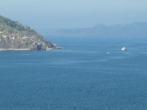 1a-barge1.jpg