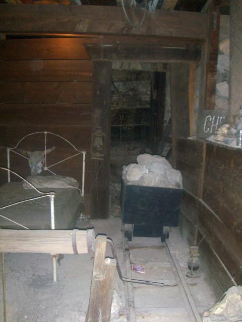 1a-mine-entrance.jpg