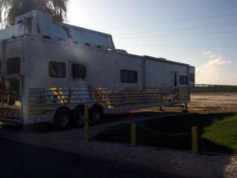 1-long-trailer1.jpg