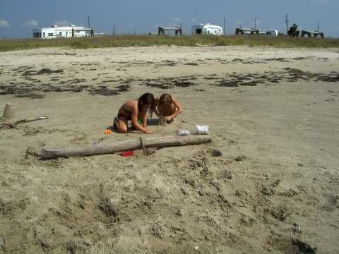 a-girls-at-beach1.jpg