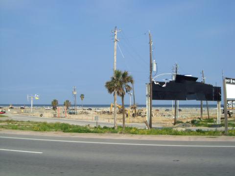 g-beach1.jpg