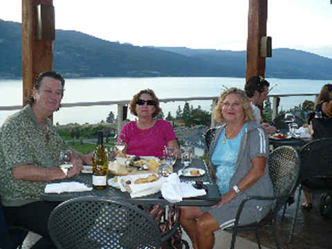 gray-monk-winery-dinner-480.jpg