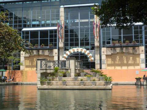 river-centre-mall.jpg