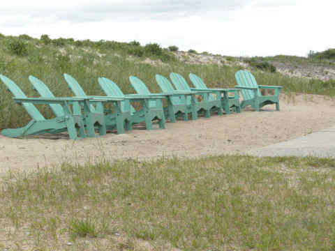 a-nh-chairs.jpg