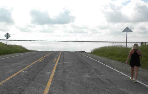 107-and-floodway2.jpg