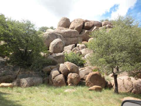 dm-round-rocks.jpg